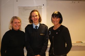 På bilden: Ann-Christine Furustrand, Carolina Björnsdotter Paasakivi och jag själv.